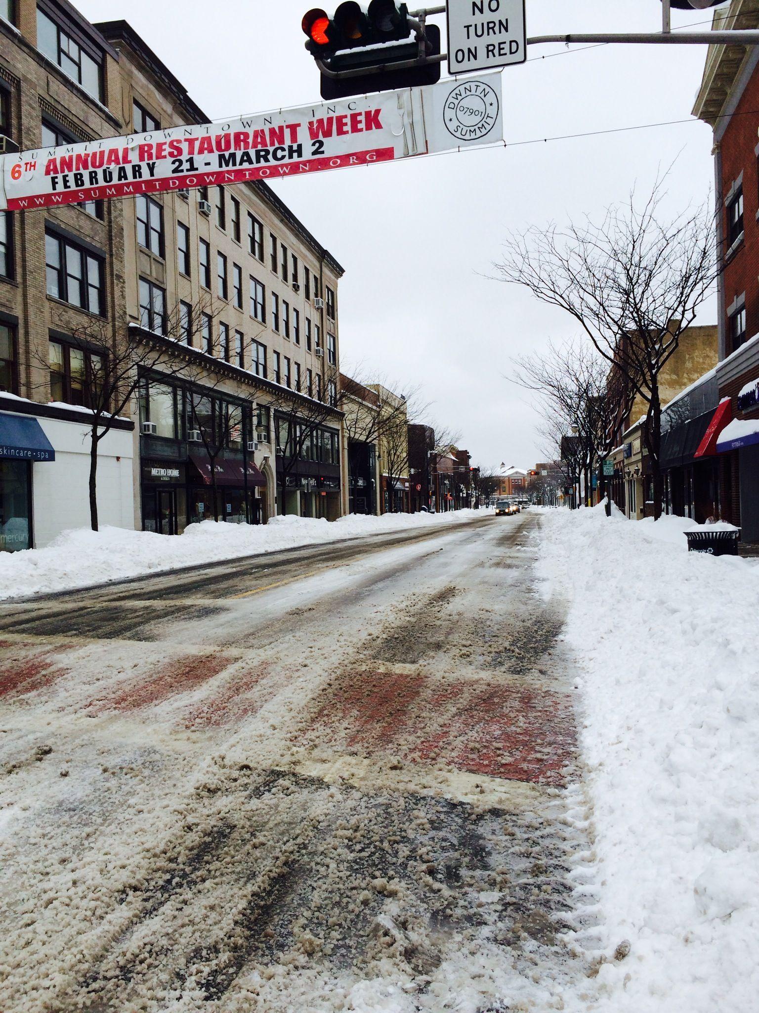 6e7159e8703e61bfcf0e_more_downtown_snow.jpg