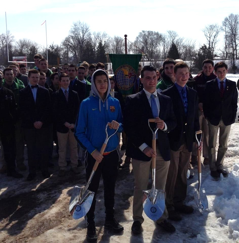 98989cc151126bfcf796_a2029db1fa60f492d16d_Students_at_Groundbreaking.jpg