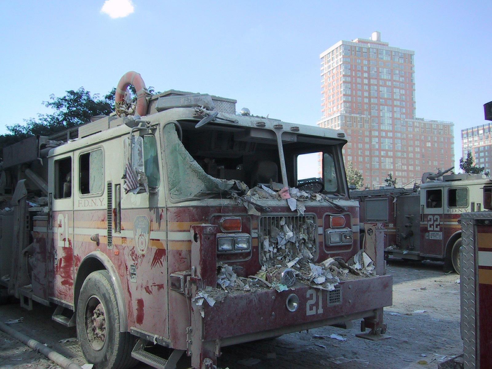 d43f9ebc07e233c6f000_firetruck21.JPG