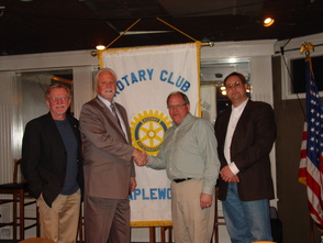 Union Center National Bank presents Maplewood Rotary with Generous donation