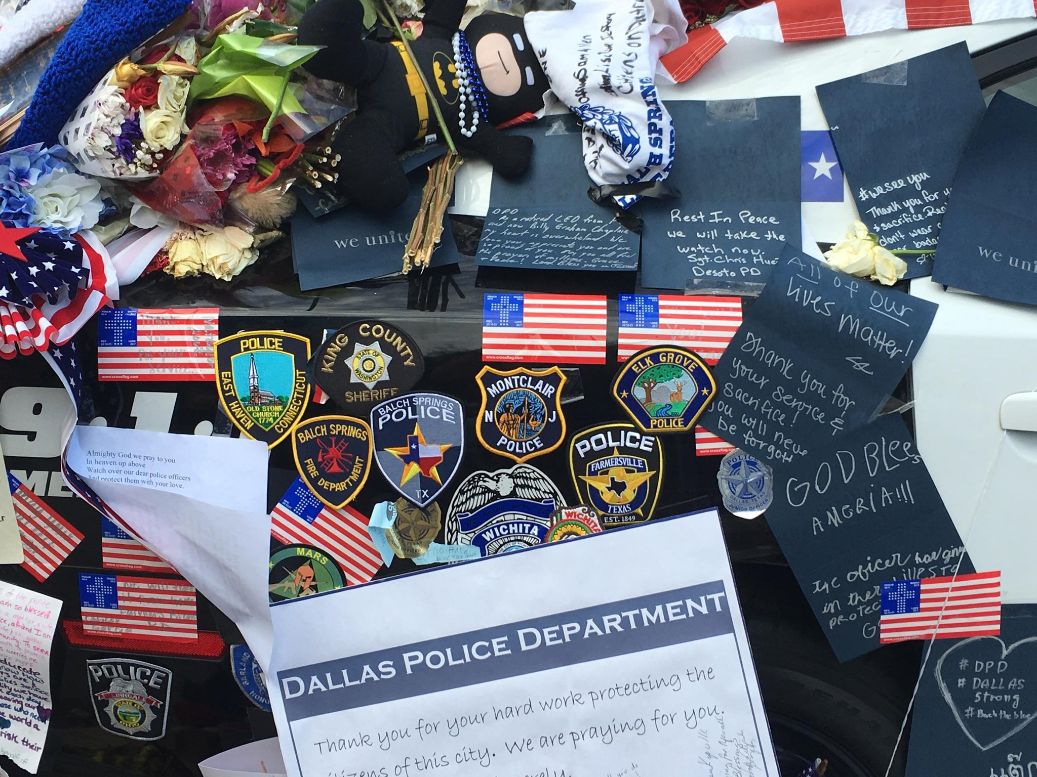 045c209875400d3edcdd_police-patches-dallas.jpg