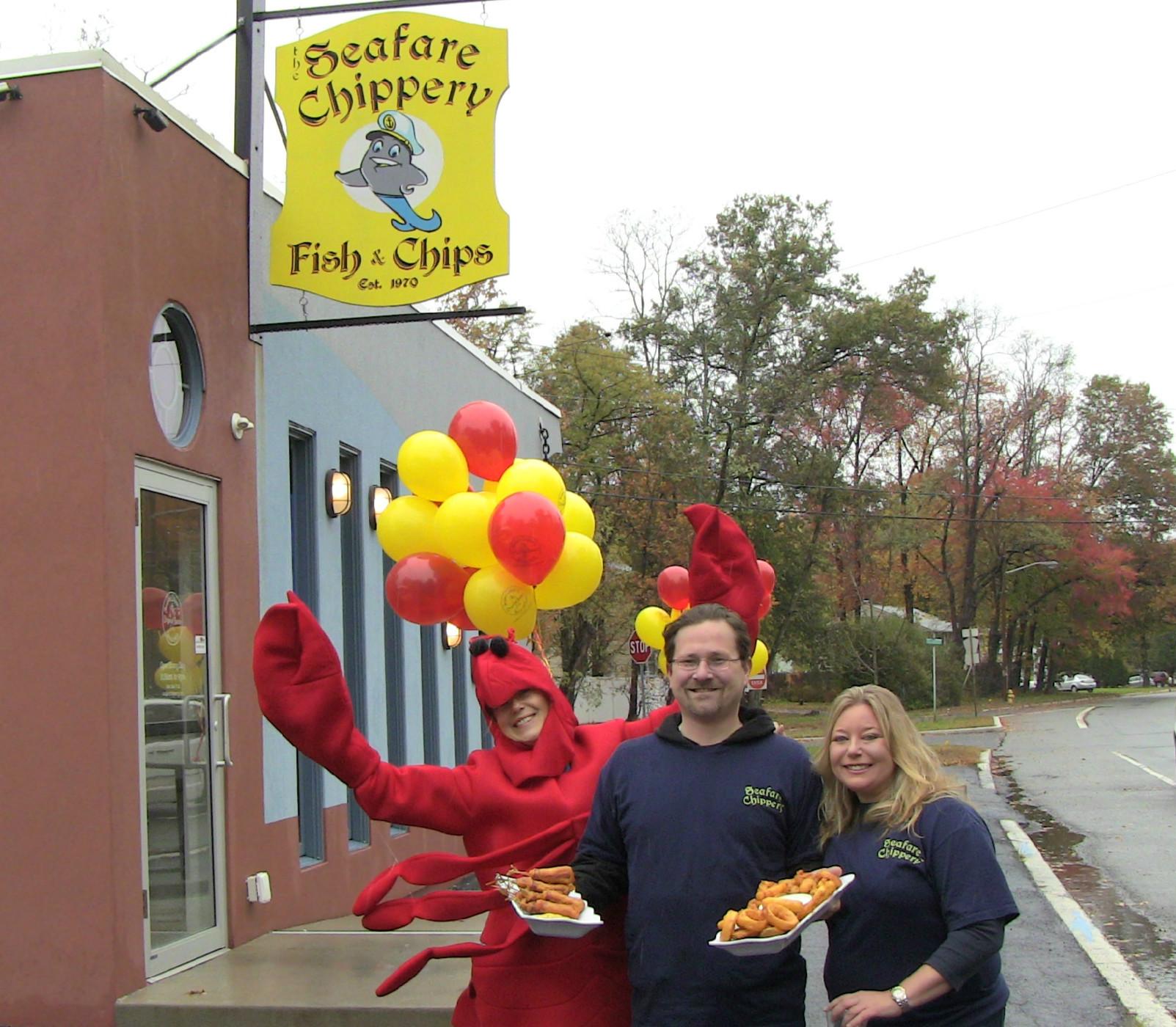 9498aae8c23fab98c9b6_Lobster-Brian-Deanna.jpg
