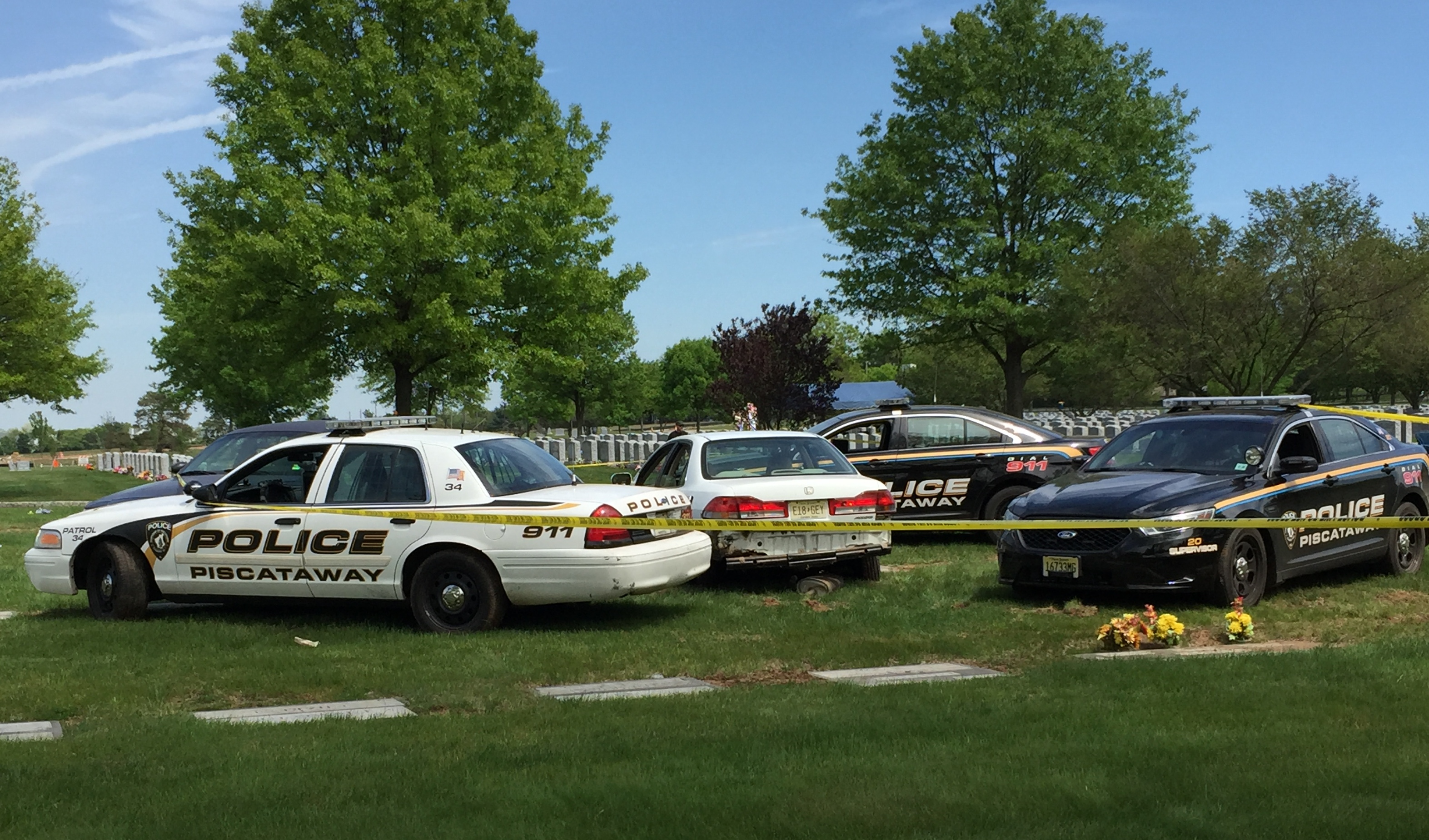 82a8c67de82c19af3205_Cemetery_Police_Car_Chase_013_crop.jpg