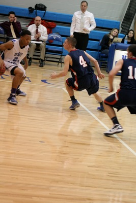 Gov. Livingston Boys Basketball Team Falls to Union Catholic, 57-37, photo 4