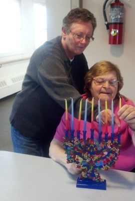 Menorah gift to Jewish Federation Plaza