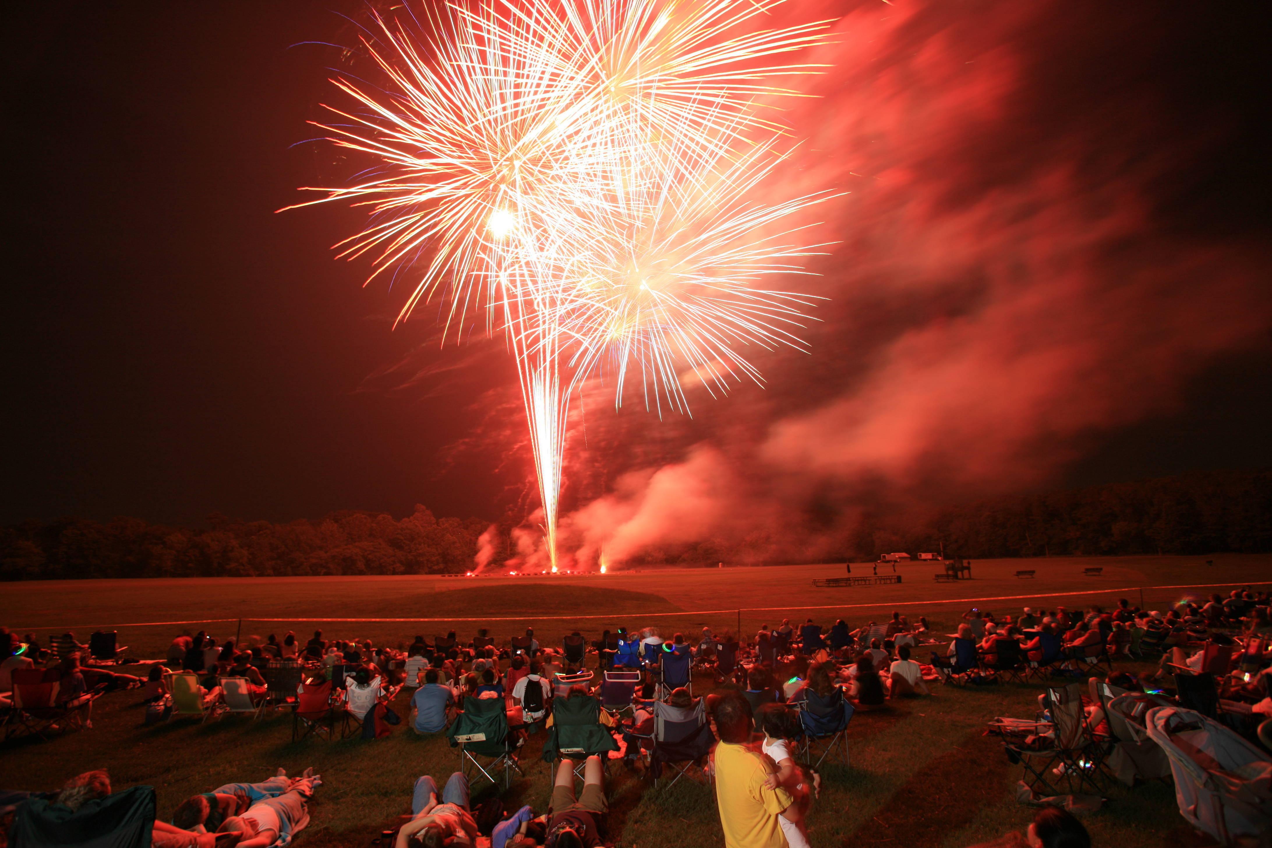 31c075a2e3c7084cf557_Fireworks.JPG