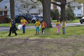 Girl Scouts Cleaning Up Vermeule