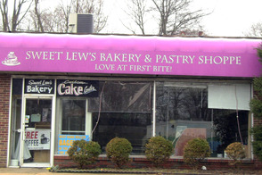 Sweet Lew's in Plainfield