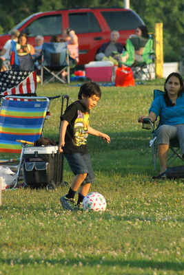 Hundreds Celebrate Independence With Fireworks, Music, photo 10
