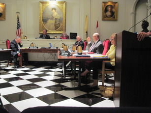 Top_story_a140b383d20985fb0897_madison_council_7-28-14_005