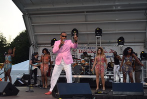 "James ""JT"" Taylor formerly of Kool and the Gang Performs in Brookdale Park, photo 4"