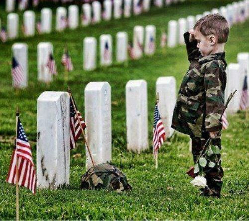153f803db290613c937d_memorial-day_-_kid.jpg