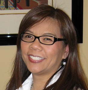 Nancy Moy, Sales Associate