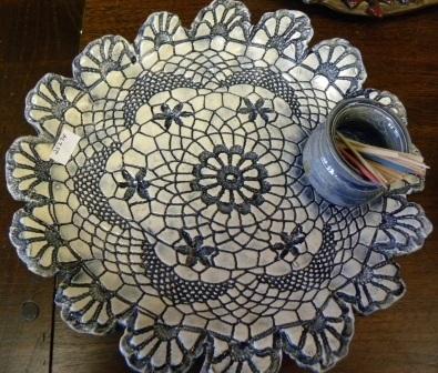 006d7bc0872b4254d78e_Pottery_plate.jpg