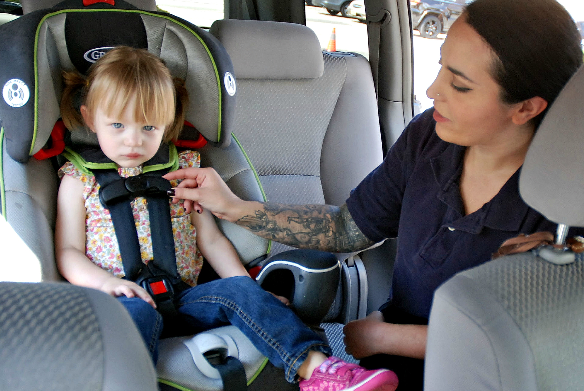 Union County Offers Child Safety Seat Inspections and Other Traffic