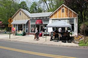 Ridgewood Row Shops