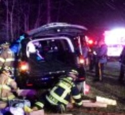 Hillcrest Road Reopened After Head On Collision, photo 1