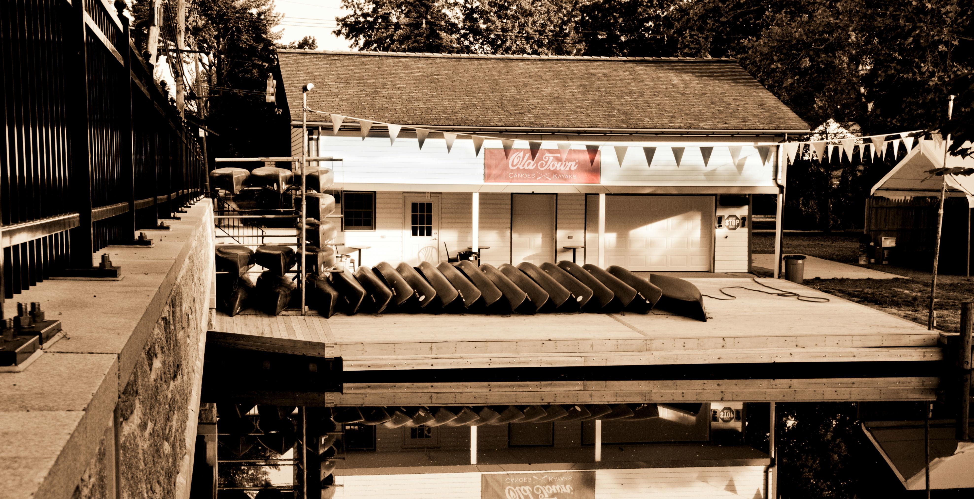 b36a446533b856234d3f_canoe_club.jpg