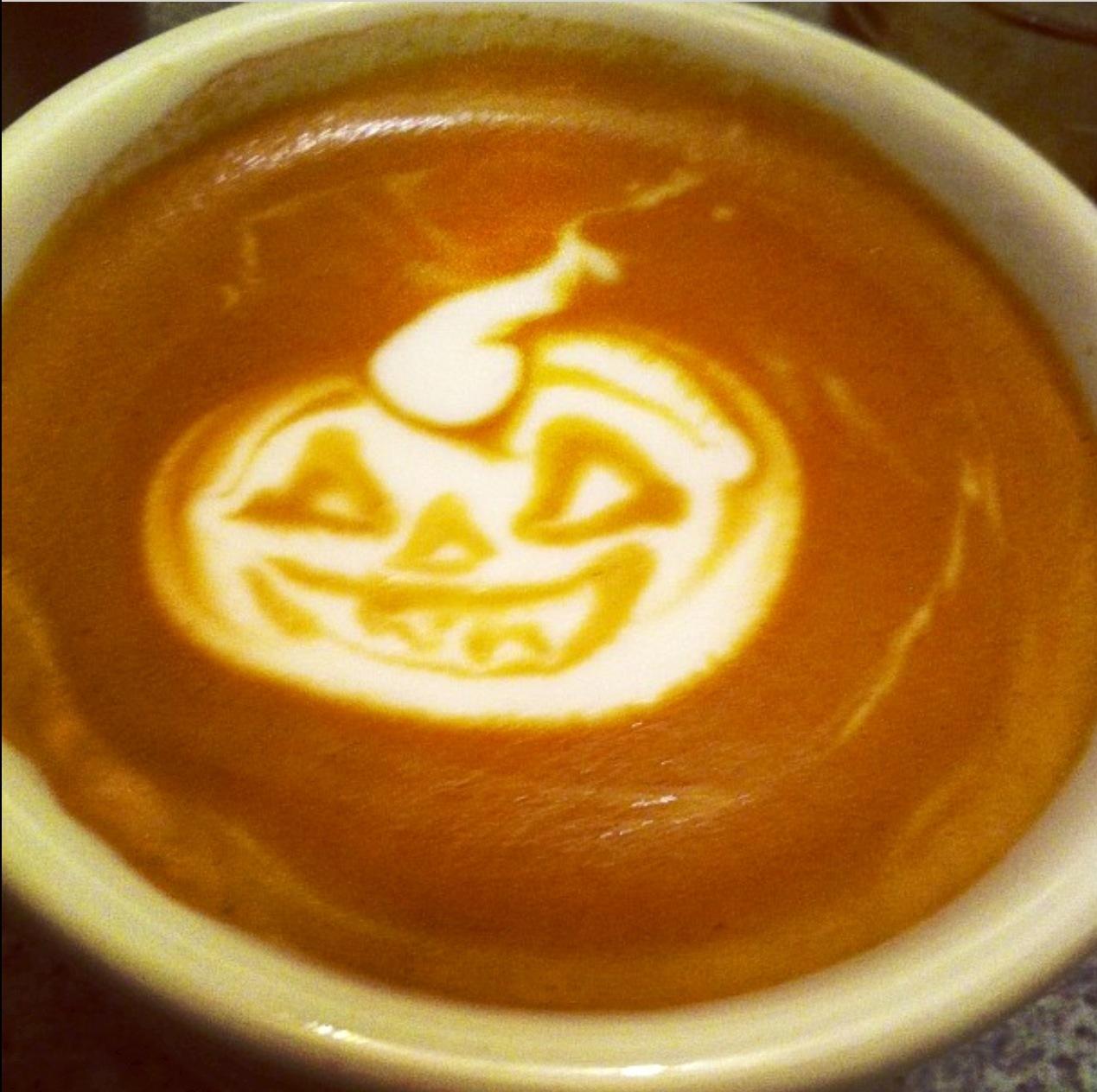 9c8a2dd37c7917139984_Zach_-_pumpkin_latte.jpg