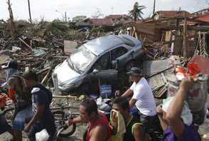 Tireless Volunteer is Collecting Items and Raising Money for Philippine Typhoon Survivors, photo 4