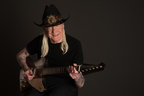 Blues Legend Johnny Winter Talks to TAP About Upcoming SOPAC Show on March 8, photo 1