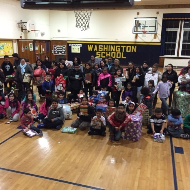 Livingston Teens Send Holiday Gifts To More Than 150 Children In Need News