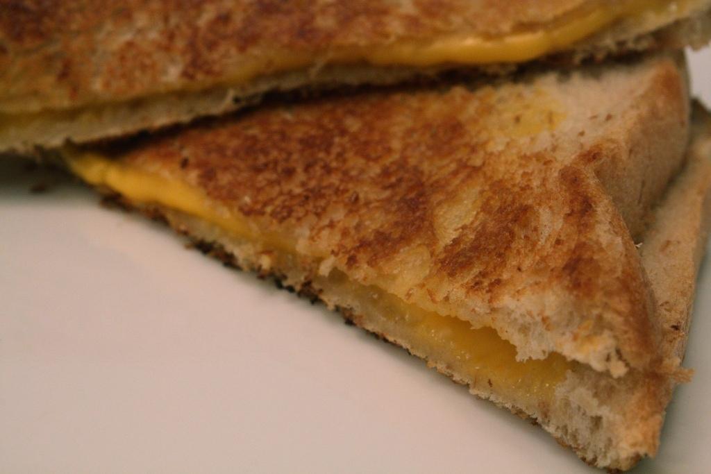 d1f6c5c1cd9db63fdbe6_grilled_cheese_anne_swoboda.JPG