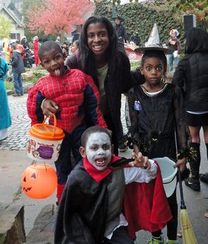 Minor family costume