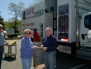 Paper Shred a Community Effort, photo 1