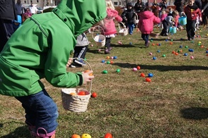 Village Green Hoppin' at PAL Egg Hunt, photo 1