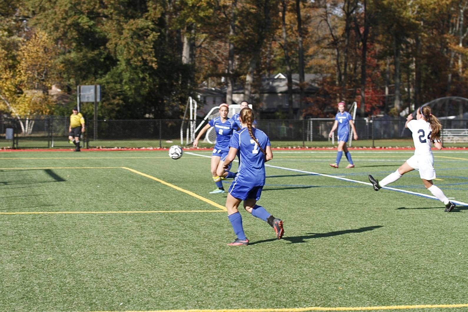 a4f4ccfac3a854e408e3_Girls_Soccer_Playoffs-LL_5765.jpg