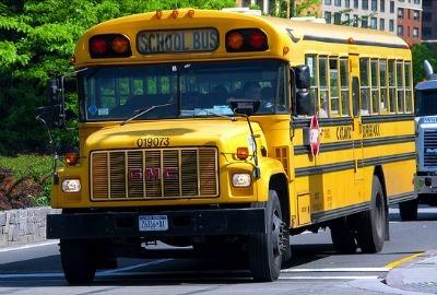 265767f4865935ab6edd_school-bus1400.jpg