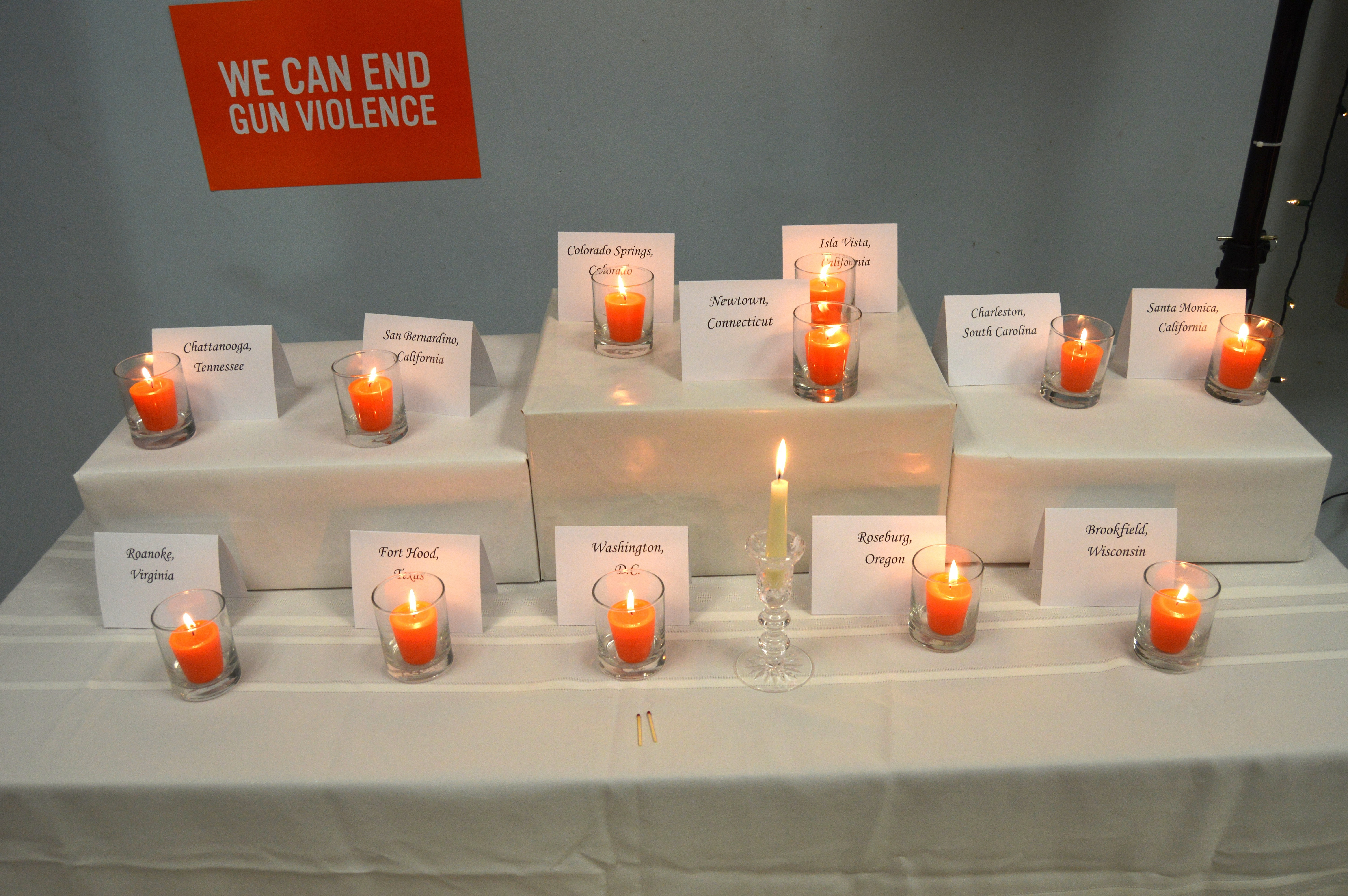 316b4d501044d7e62930_Orange_Candles.JPG