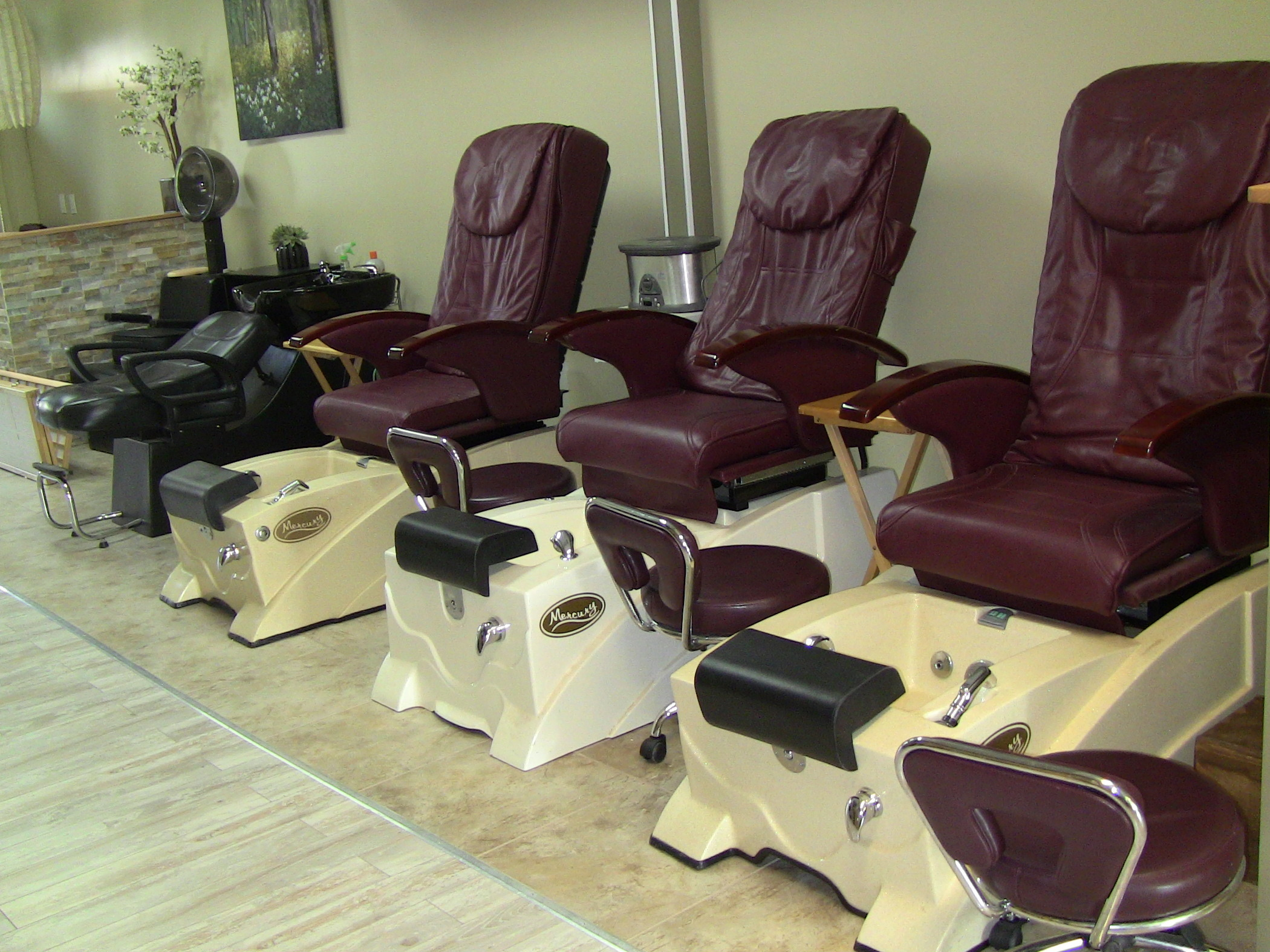 61916996dc89501cdd26_Able_Body_Spa_-_inside._Chairs.jpg