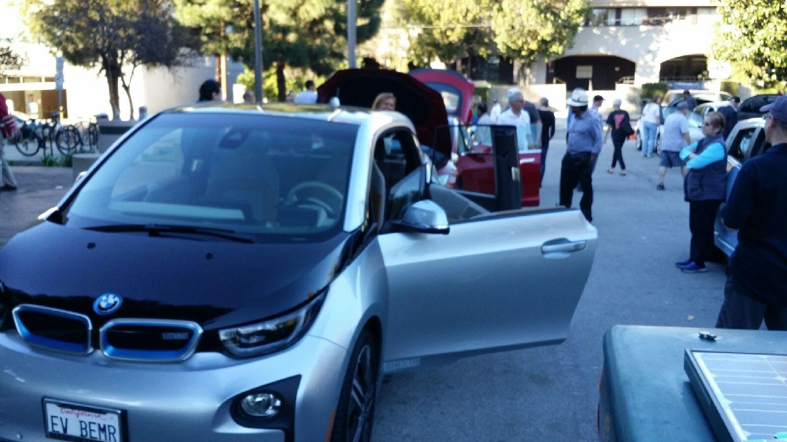 02376e6c8aceff00cfeb_electric_car1.JPG