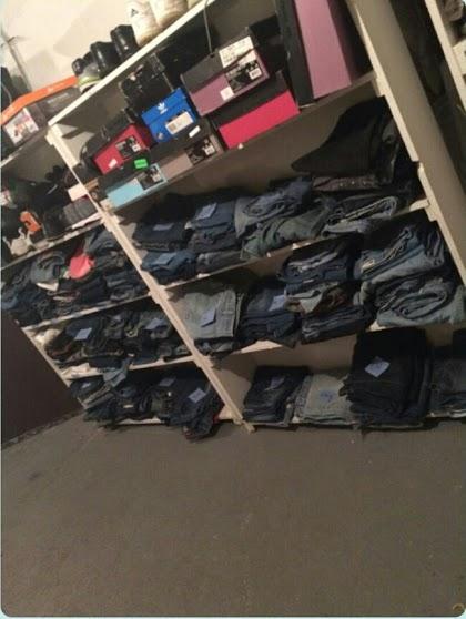 4460334557e3e76c9ebc_jeans1.jpg