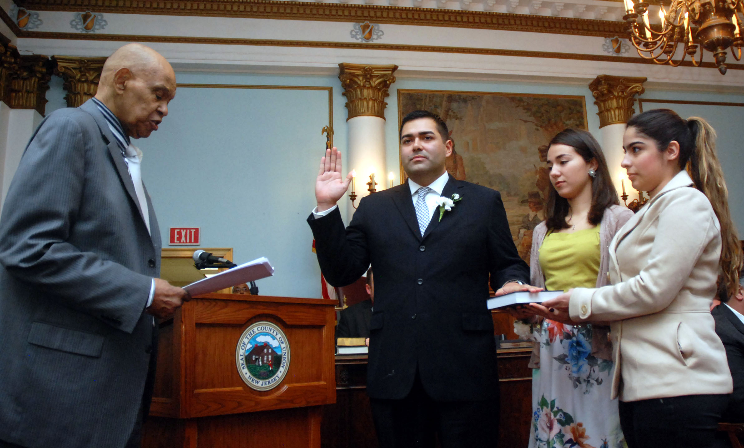 046892be94fc4070c4fd_sergio_granadas_swearing_in.jpg