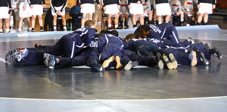 Top_story_fea75e84602d7f99e5cd_wrestling_pic
