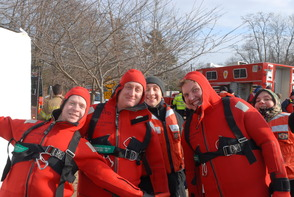 South Plainfield Firefightera Take to the Ice for Rescue Training, photo 1