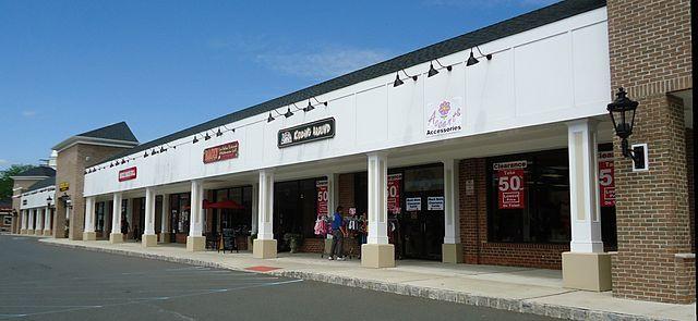 fefdec5a83936d1e81f3_New_Providence_NJ_shopping_center__1_.jpg