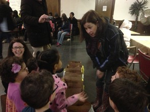 Preschoolers at Temple Sharey Tefilo-Israel of South Orange learn what a food pantry is, and why it's important to help others on a recent trip to the Food Pantry of the Oranges.