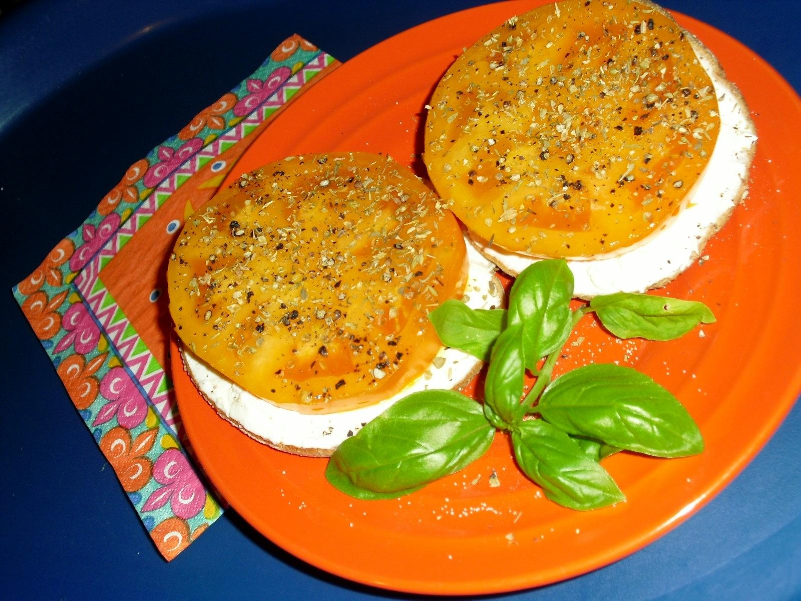 f238b9fd807cfa1f57ce_Breakfast_sandwich.jpg
