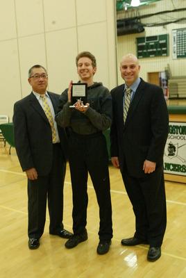 LHS Student Jeremy Raiten Receives the Spirit Award