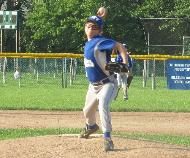 4d572426a19822f67d75_Andy_pitching_vs_Millburn_7-1-15.jpg