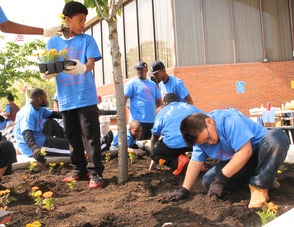 Roselle Comes Together for Community Clean Up Day, photo 36