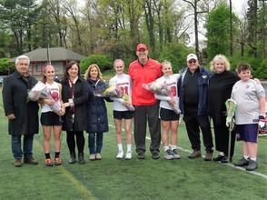 Carousel_image_5dd6b4586dce57520d78_girls_lacrosse_seniors
