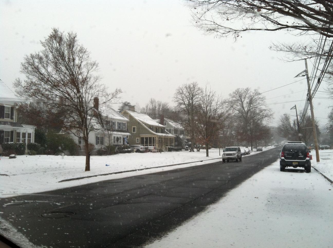 fcf18aee8b98bd95ded8_snow_covered_road.jpg
