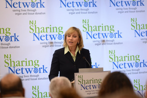 Lt. Governor Guadagno Visits NJ Sharing Network in New Providence, photo 1