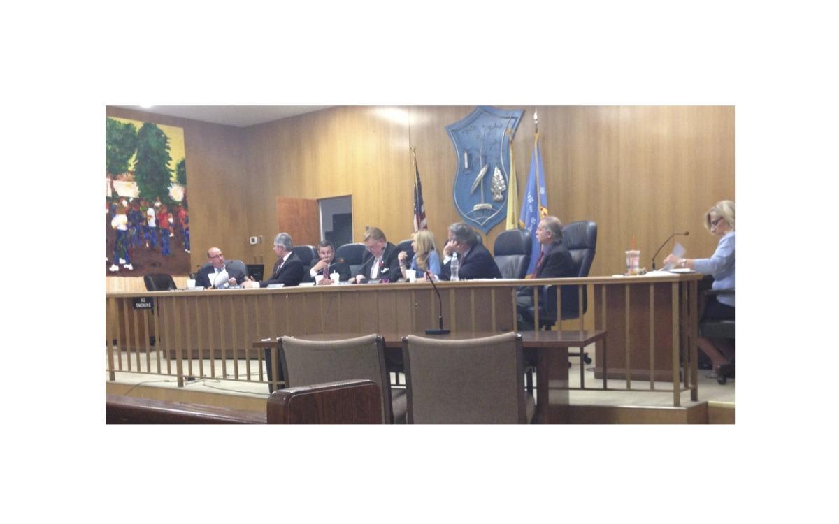 a40ff792b4061fef06a1_Town_Council_Meeting_5.20.14.jpg