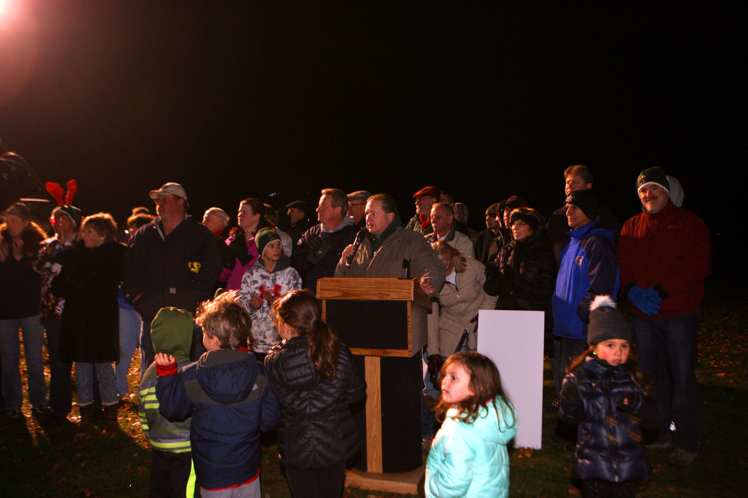 LIVINGSTON, NJ U2014 The Air Of Anticipation Was Palpable On Saturday Evening,  Dec. 5, As Hundreds Of Area Residents Assembled On The Oval To Enjoy The  Opening ...